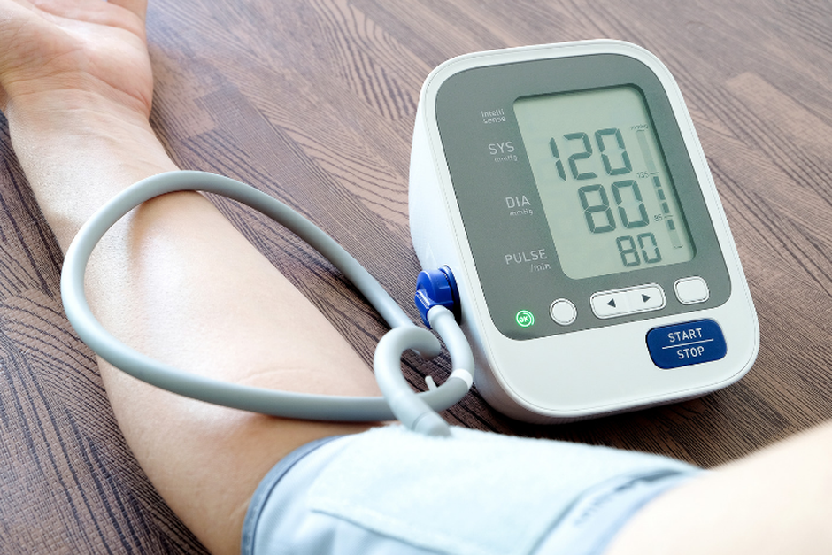 Buy Blood Pressure Monitor: Be Health Conscious!